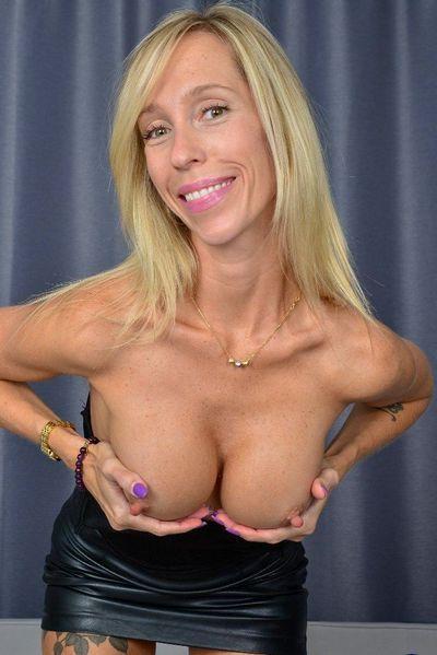 Rubensfrau mit 51 Jahren möchte galanten Kavalier